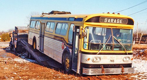 Bus 765